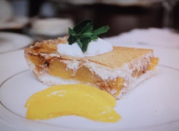 Sour Cream Peach Kuchen Recipe