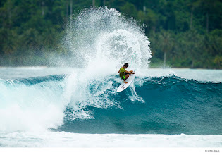 Photo: Rizal Tanjung, Mentawai Islands. Photo: Ellis #surferphotos