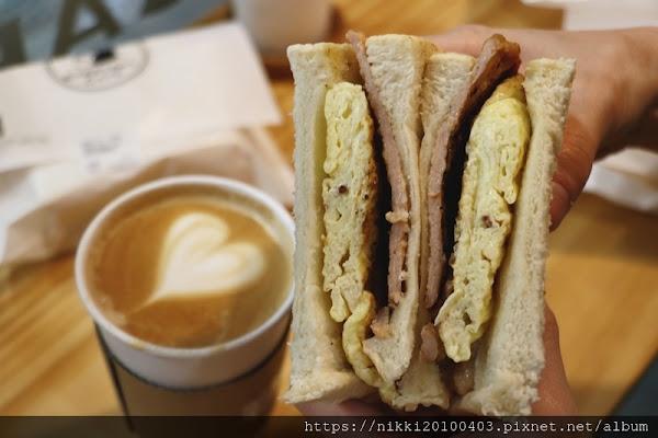 EVERYDAY CAFE 永和頂溪店 永和肉蛋吐司推薦 鮮奶茶 咖啡