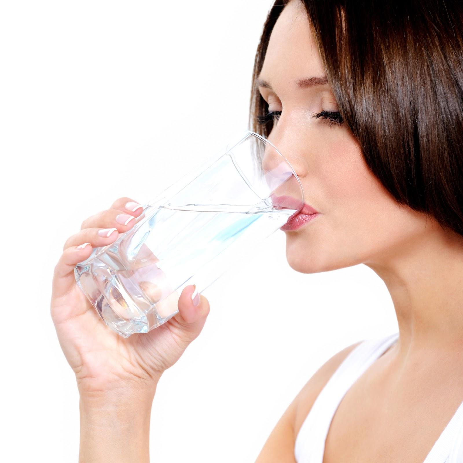 Cung cấp lượng nước cần thiết cho cơ thể