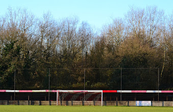 Photo: 28/12/13 v Hartley Wintney (Combined Counties League Premier Division) 1-0 - contributed by Andy Gallon