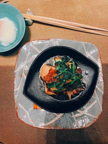 Ukai這品牌其實有懷石料理⋯ 用了許多在地食菜結合懷石料理的手法,但我覺的鐵板燒可能更好😭 連假出門覓食用愛食記,果然讓我開發到新餐廳