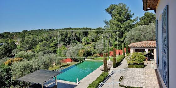Vente villa 7 pièces 370 m2