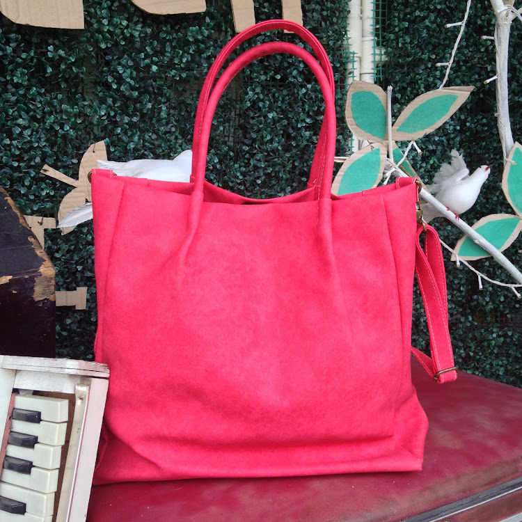 Casual Tote in Bright Pink