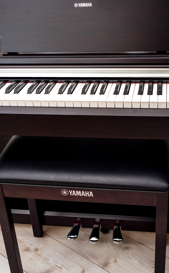 Yamaha arius ydp 142 full size digital piano 88 key weighted keyboard stool ebay for Yamaha fully weighted keyboard