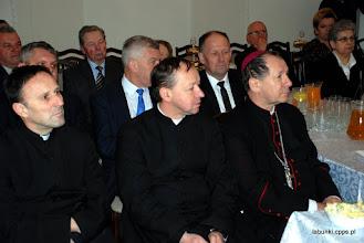 Photo: odlewej/ Prowincjał Zgromadzenia ks. Wojciech Czernatowicz, CPPS, Probosz z Wolki Panieńskiej ks. Jan Cielica, bp Marian Rojek