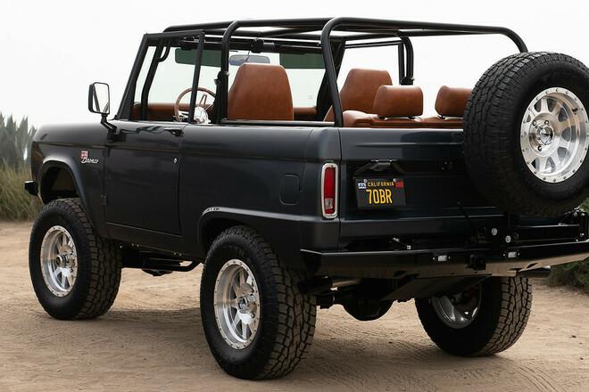 1970 Resto Mod Bronco Hire TX