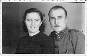 Photo: Ez még nem esküvői kép a II.vh.idejéből. Nagy Elek vőlegény 6 évi orosz fogság után elvette menyasszonyát Bödők Herminát. (1952?)