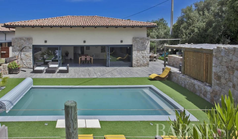 Villa with terrace Calvi