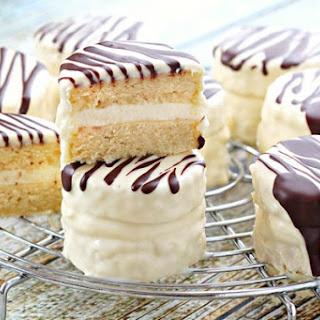 Copycat Zebra Cakes