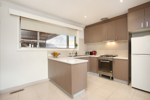 Photo of property at 2/8 Stapley Crescent, Chadstone 3148
