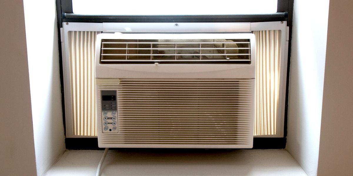 Window Air Conditioner Installation / Installing Window AC Unit