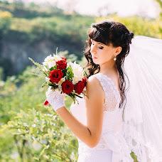 Wedding photographer Alina Averyanova (Adelina). Photo of 11.04.2016