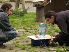 Photo: Elektrolizer i zapalnik w jednym (do rakiety)