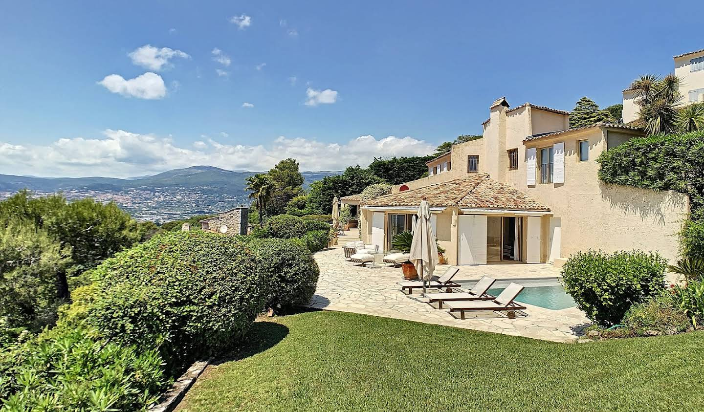 House with pool and terrace Mouans-Sartoux