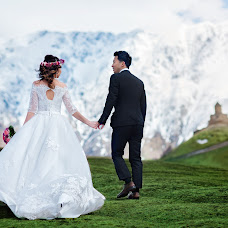 Wedding photographer Andrey Tatarashvili (LuckyAndria). Photo of 01.06.2018
