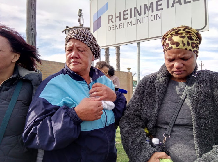 Marilyn Hartzenberg (right), the aunt of Jason Hartzenberg - one of eight workers killed in the explosion at the Rheinmetall Denel munitions plant in Somerset West - with Beverley January, the grandmother of Hartzenberg's one-year-old child. The two women went to the plant on September 4, 2018.