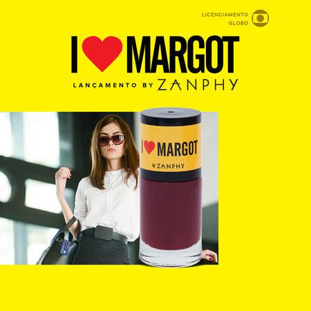 O esmalte vermelho profundo de Margot - Maria Casadevall