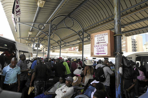 The Wanderers taxi rank is busy as people working in Gauteng travel home to Limpopo and Eastern Cape and countries such as Botswana and Zimbabwe during the festive season. / Thulani Mbele
