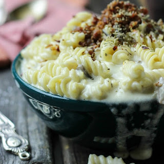 Spicy Bacon, Mushroom, Truffle Oil Mac N Cheese Recipe
