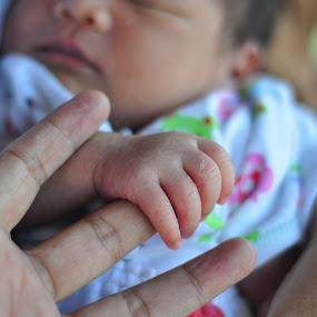 Abdurrahman little hand by Denny S. Arfans - Babies & Children Hands & Feet
