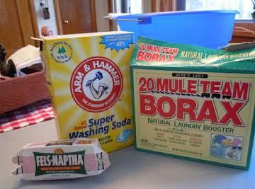 Homemade laundry soap (liquid and powdered)