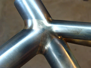 Photo: Seat cluster fillets wrapping around the top tube and seat stays.