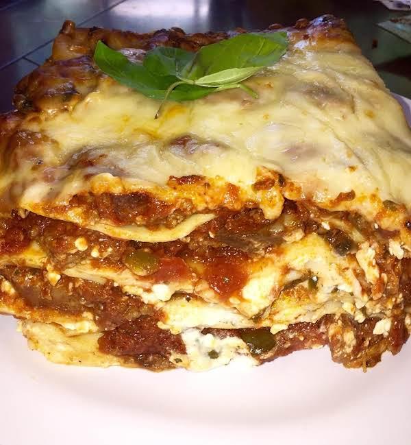 Nor's Meaty Deep Dish Lasagna Recipe