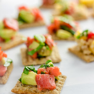 TRISCUIT Crackers with Smoked Salmon and Avocado Salsa Recipe