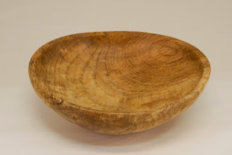 "Photo: Tim Aley 7"" x 2"" bowl [Constitution Ave. Willow Oak]"