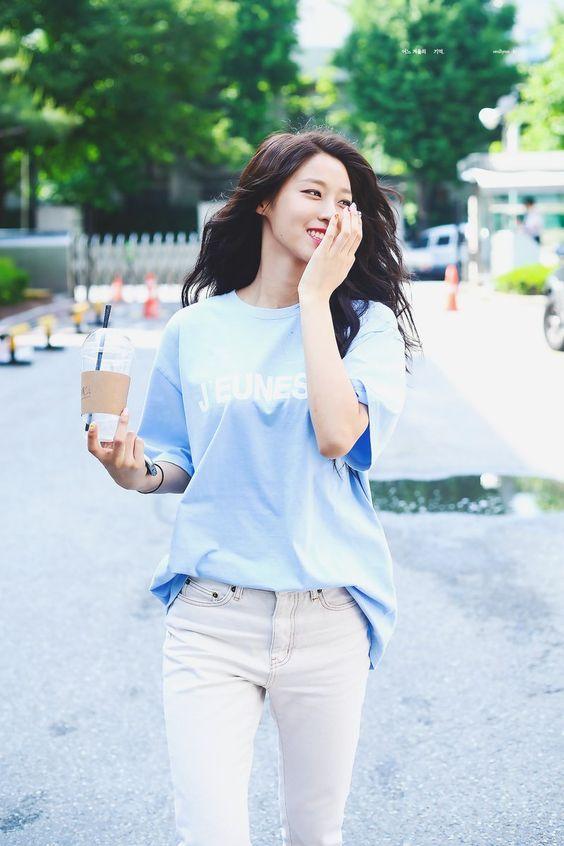 seolhyun jeans 28