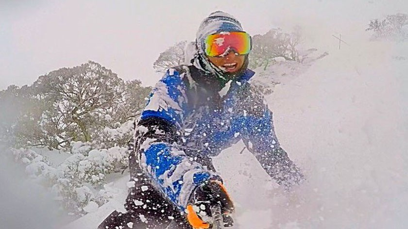 01_jean-val-demard_powder_perisher_australi_2015