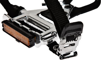 Wellgo LU-961 Road Pedals Silver with Clips & Straps alternate image 1