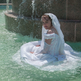 Amy 04 by Carter Keith - Wedding Bride ( rock the frock, wedding dresses, brides, wet bride, wet dresses, trash the dress )