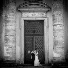 Wedding photographer Elena Lazhnevskaya (lenakalazhnevsk). Photo of 01.03.2013