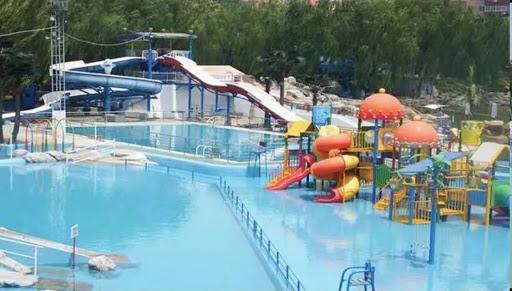 Bikini Tan Lines, Ahoy! Splish Splash in Beijing's Water Parks