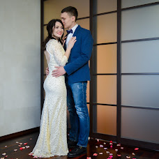 Wedding photographer Vitaliy Sobolev (isitlove). Photo of 15.02.2018