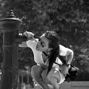 thirsty woman by Alexandru Ciornea - People Street & Candids ( thirsty,  )