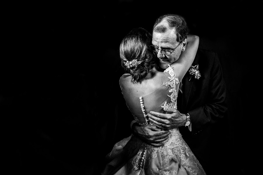 Wedding photographer Leonel Longa (leonellonga). Photo of 30.09.2019