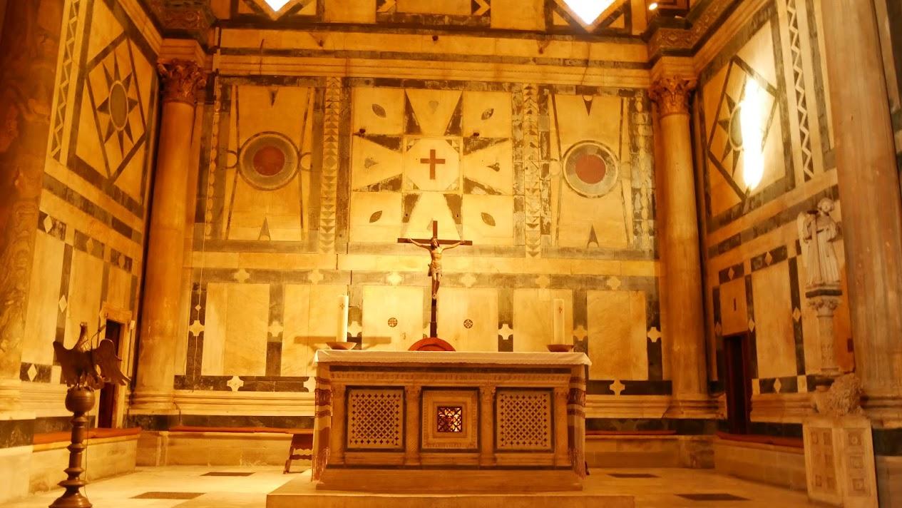 サン・ジョヴァンニ洗礼堂の祭壇