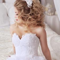 Wedding photographer Olga Frolova (Olikfon). Photo of 05.04.2017