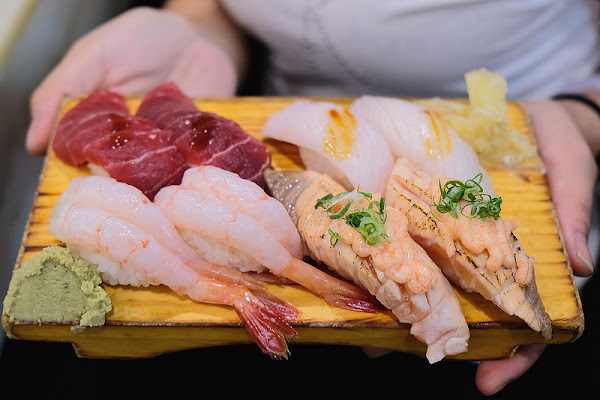 二男 不點握壽司會很可惜!日本料理排隊名店近中和環球!中和美食!