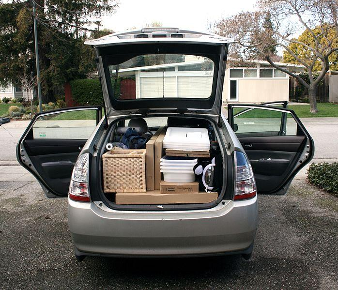 File:Packing a Prius with Ikea Stuff (2).jpg