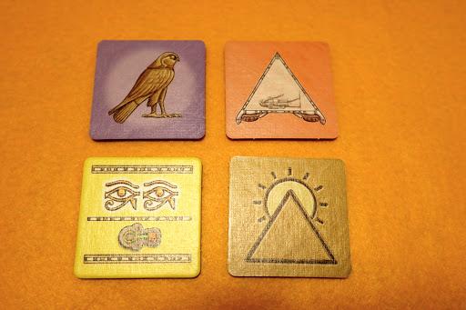 ルクソール (Luxor):タイルの種類