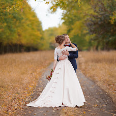 Wedding photographer Vitaliy Syromyatnikov (Syromyatnikov). Photo of 18.10.2017