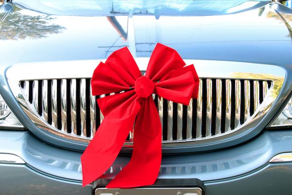ให้ของขวัญปีใหม่ อะไรดี สำหรับคนรักรถ