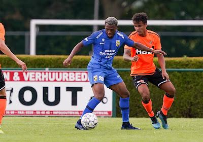 """Openda komt een half jaartje later dan toch in de Eredivisie terecht: """"Ik zag een verhuurperiode toen niet zitten"""""""