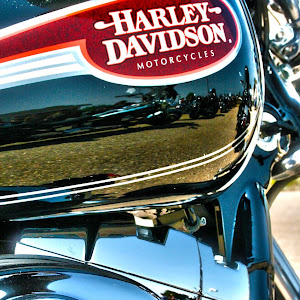 HarleyDavidsonedit.jpg