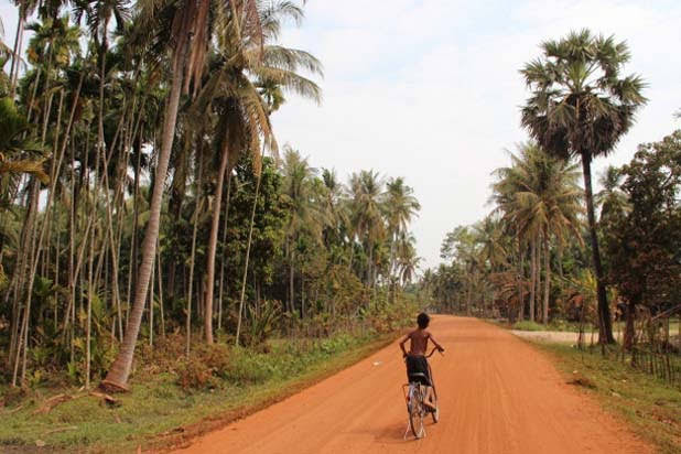 Crossing Cambodia on a bike
