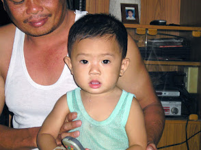 Photo: Sankamphaeng, father and child.